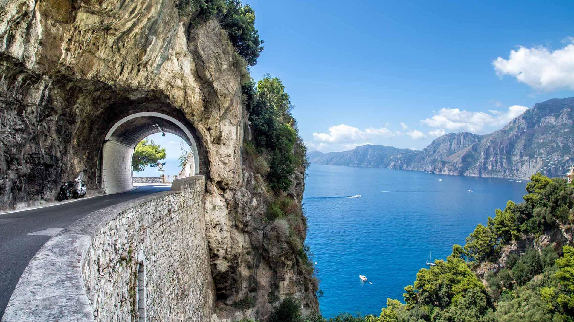 amalfi coast panorama